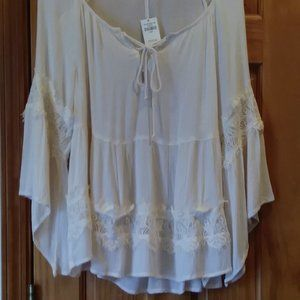 Hollister  Boho Top Large Flowing Angle Sleeves